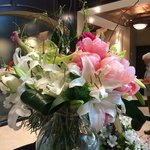 fresh flowers delivered weekly