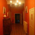 Les couloirs de la bâtisse