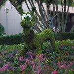 Topiary May 2014 Epcot Disney
