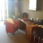 Deluxe Suite - Desk Area