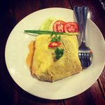 Omelette stuffed with minced pork