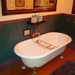 The double-tub room #2