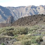 Einzigartige Landschaft am Weg zum El Teide.