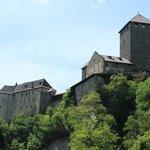 Beim Aufstieg zum Schloss