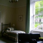 single and double bed in twin/double room