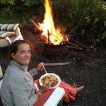 Dîner au feu de bois préparé par Charles