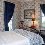 Ground floor queen Guestroom