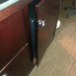 Refrigerator in cabinet not closing
