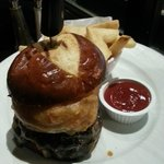 brioche burger - bland bun and pointless onion ring