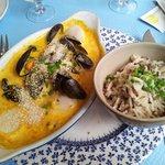 Cassolette de poissons crème safranée et sélection de 3 riz