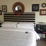Corner Room - Bed