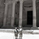 Al Kazneh aka treasury this is what you will see first when exiting the siq