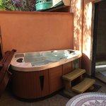 Chianti Suite Hot Tub