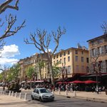 Scenic Cour Mirabeau