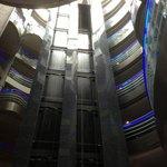 Lobby mit Aufzügen