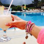 Another Piña Colada by the pool :) palmiye the best bar team! Merci