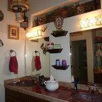 Double sink & vanity in Cowboy Room
