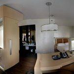 Suite: Pano view of room