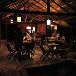Restaurante a noite