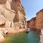 lake powell boat tour