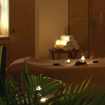 VIP luxury couple spa room with full-fledged spa facilities in Singapore.