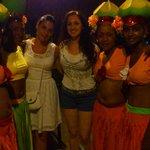 Liliana y las animadoras de la Coco Party