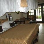 Мой номер - кровать с балдахином