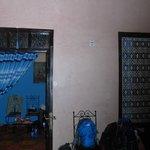 Blick vom Innenhof zu unserem Blauen Zimmer
