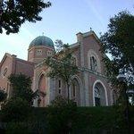 Chiesa di Montegrotto - fronte hotel