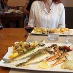 parillade de poissons : loup , daurade , rougets, et calamars !