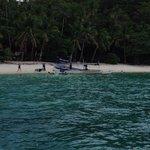 Puting Buhangin Island