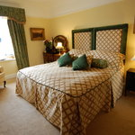 Green Room - King/Twin ensuite room