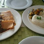 Boeuf sauce Gombo and the Poulet Yassa