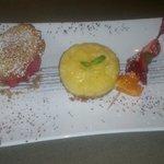 Tarte citron sorbet framboise et petite tuile
