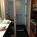 Aloft bathroom