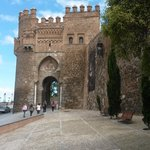 Puerta del Sol en Toledo con una cierta perspectiva