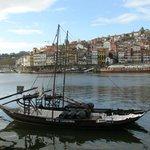 Antigo barco  (rabelos) que transportavam o vinho do Porto