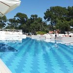 a clean pool