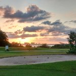 Atardecer desde el campo de golf