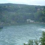 unter dem Rheinfall