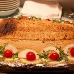 Pesce al forno in crosta di patate