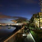 Vue panoramique sur le fleuve et la ville impériale