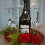 Champagne vanwege huwelijksreis