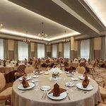 Ballroom - Round Tables