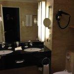 chambre standard, salle de bains