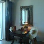 Bedroom suite 128