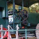 Winch engine