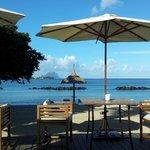 vue sur la mer et le Morne lors du petit-déjeuner