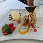 Dessert:  Limonencrepes mit Erdbeersalat