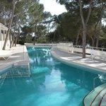 La piscine côté restaurant le Mediteraneo